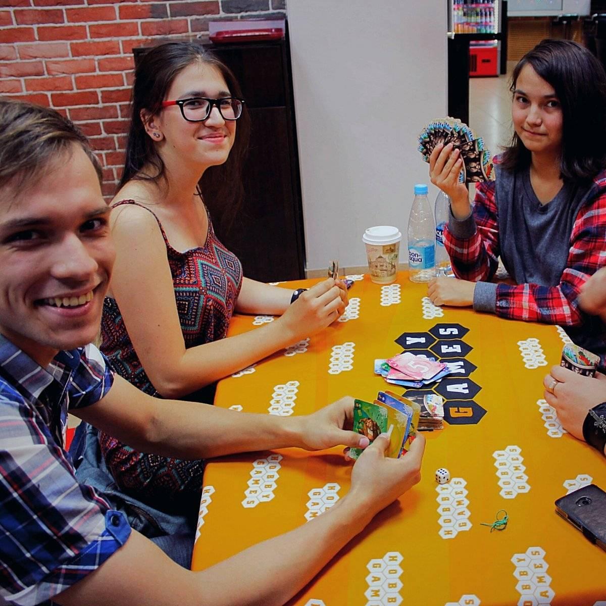 Карточные игры как хобби и увлечение