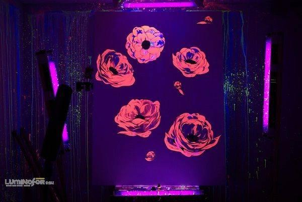 Роспись по стеклу акриловыми красками: техника выполнения работ