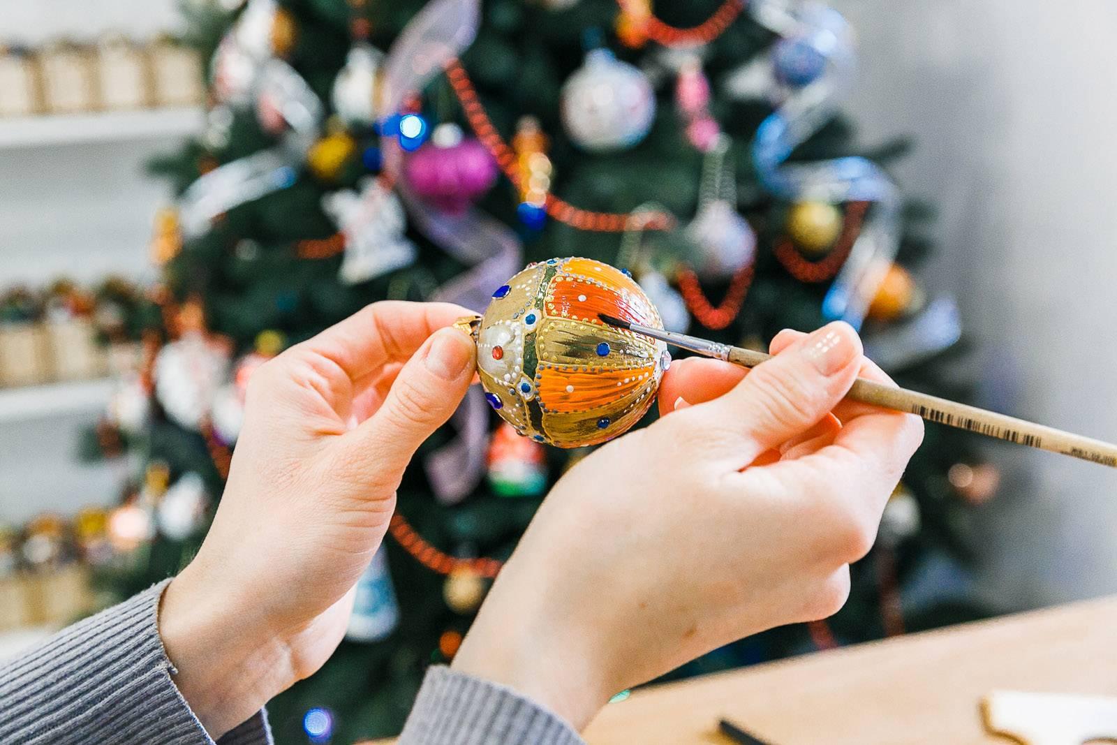 Новогодние игрушки своими руками — лучшие идеи к 2021 году