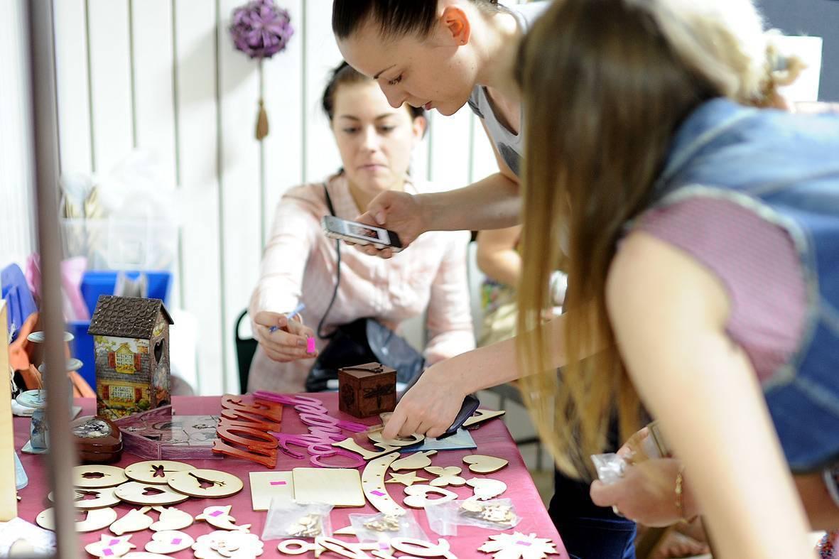 Хобби для женщин: список увлечений приносящих доход