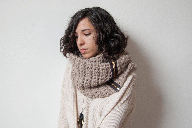 Шарф из толстой пряжи спицами (17 фото) - фото инструкции с описанием вязания шарфов